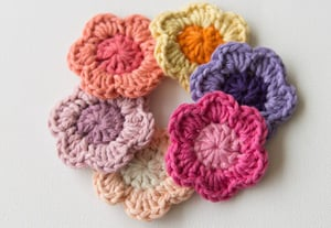 Wink crochet flower preview