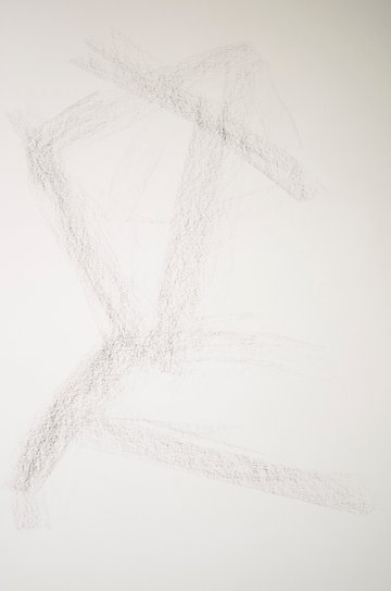 Drawing in directional lines for your charcoal sketch