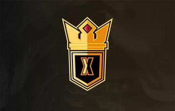 Tall Gold Crown Logo