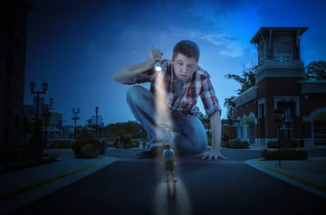 Short course on Light and Shadow in Photo Manipulation