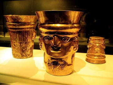 Sican Gold Beaker Cups