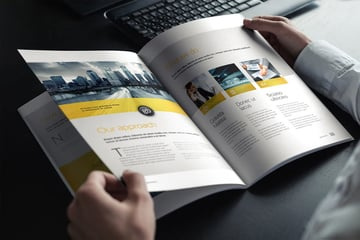 Brochure  Magazine Mockup