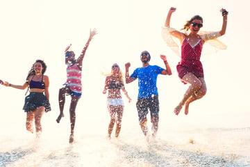 Jumping beach friends