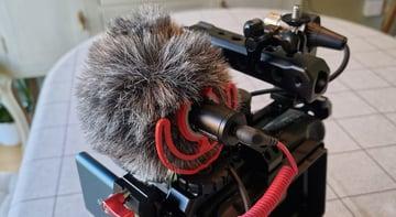 Blackmagic Pocket Cinema Camera 4k external, additional (Rode) mic