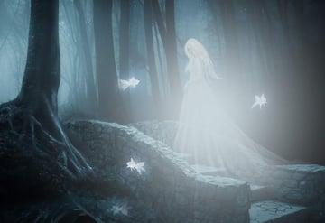 fantasy digital art - model glow 1