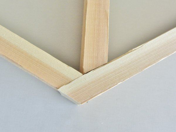 Fit the middle piece into the shelf