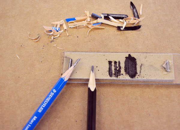 chisel-tip-pencil