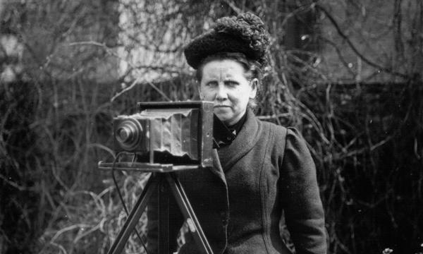 Christina Broom 1910