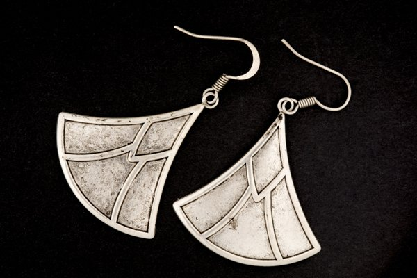 Final image of earrings produced using a light cone tent