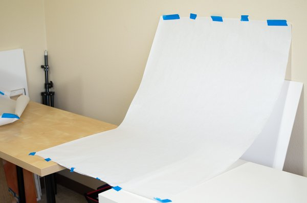 Creating a seamless sweep from white paper