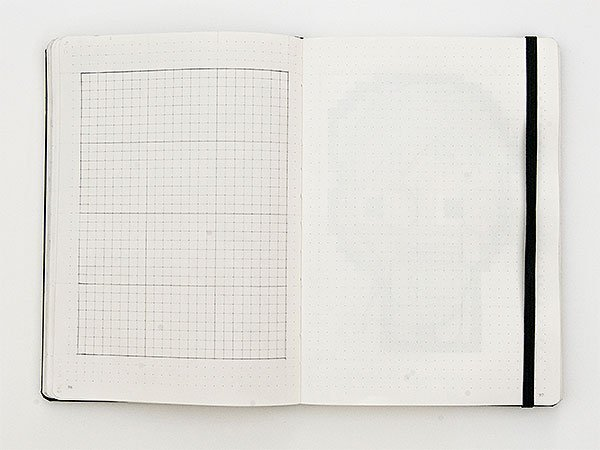 Draw a grid like this one that is 24 x 32