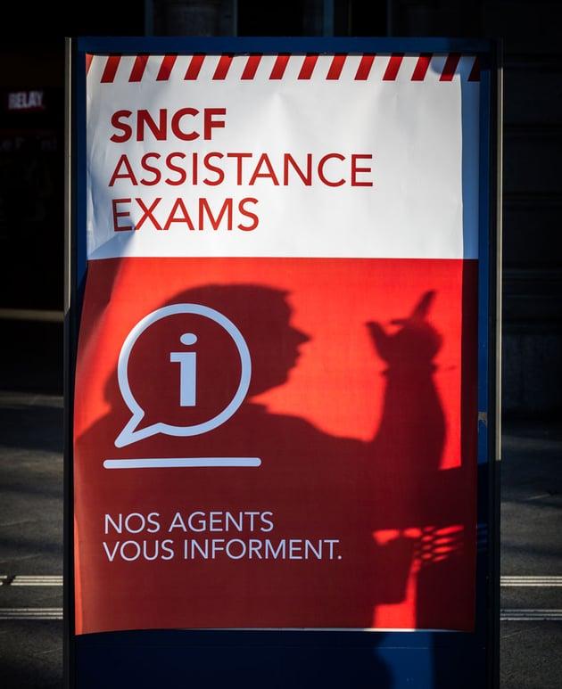 sncf poster using avenir