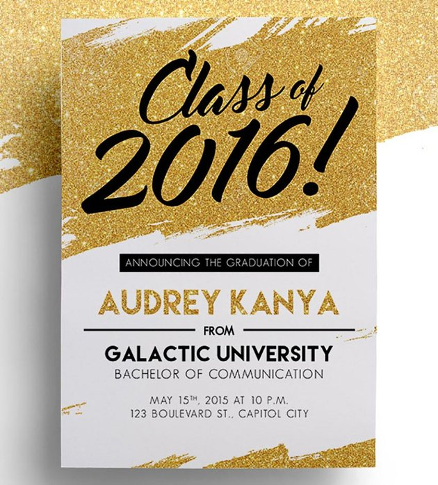 Black and Gold Graduation Card