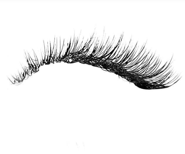 fill lash with black