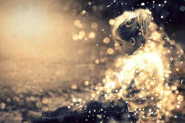 Shimmer Overlay Photoshop Action (ATN)