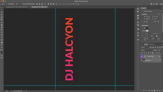 Use the Rectangle layer to centre your text to the canvas