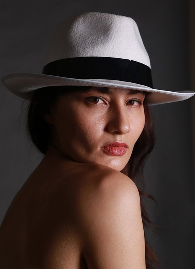 Original Woman Hat Stock from Pixabay
