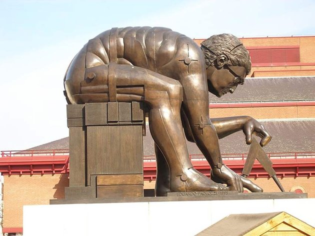 Statue of Newton by Eduardo Paolozzi