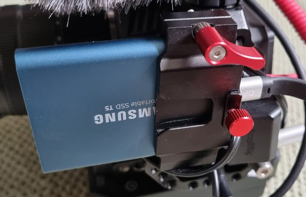 External SSD with clamp on BMPCC 4k