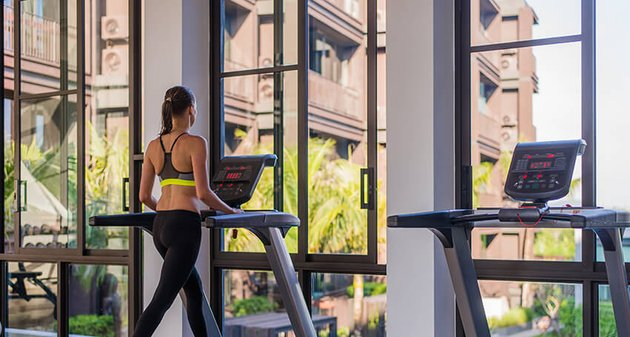 woman working out on a treadmill