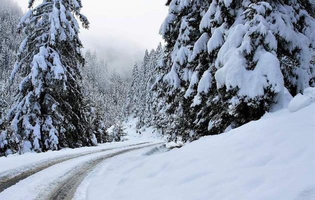 photo manipulation - add winter image