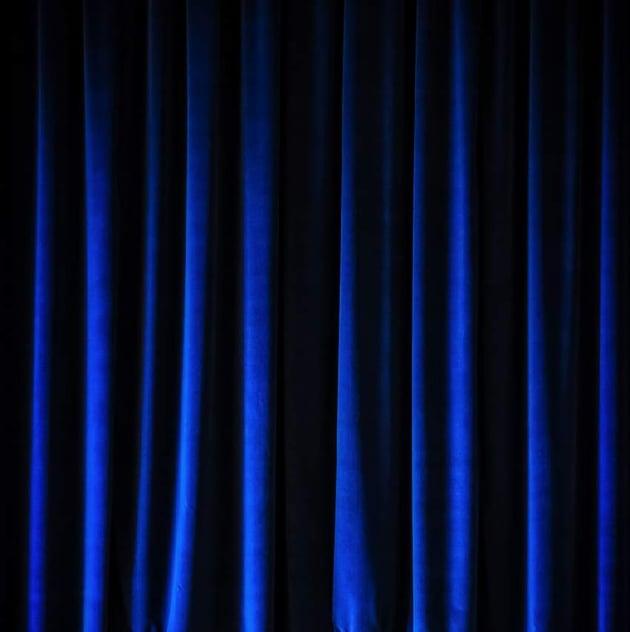 photo effect - add curtain