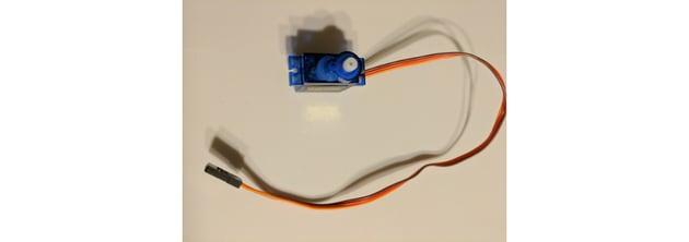 PWM servo motor component