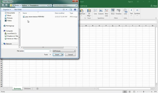 Insert images into Excel