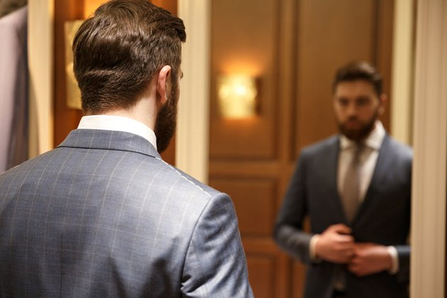 Improve Public Speaking by Practicing In Front of Mirror