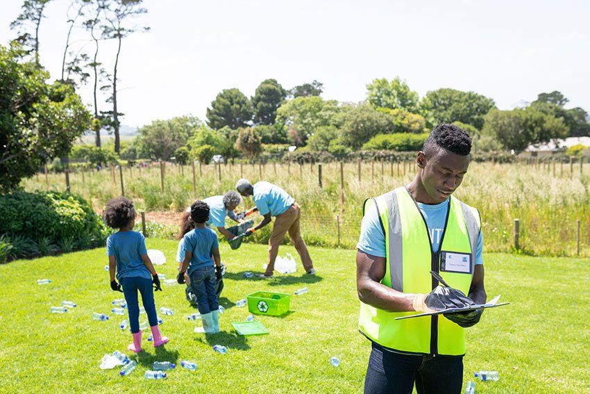 Volunteers on Earth Day