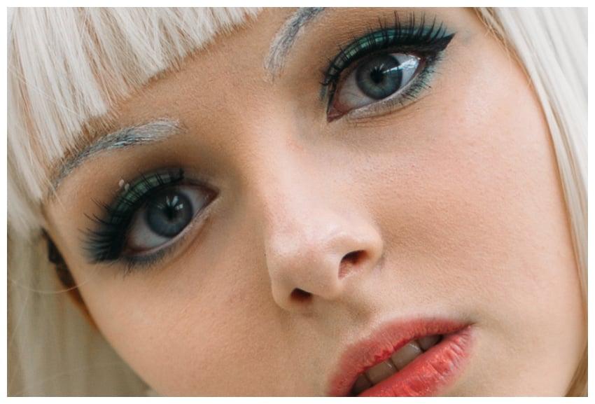 paste face features
