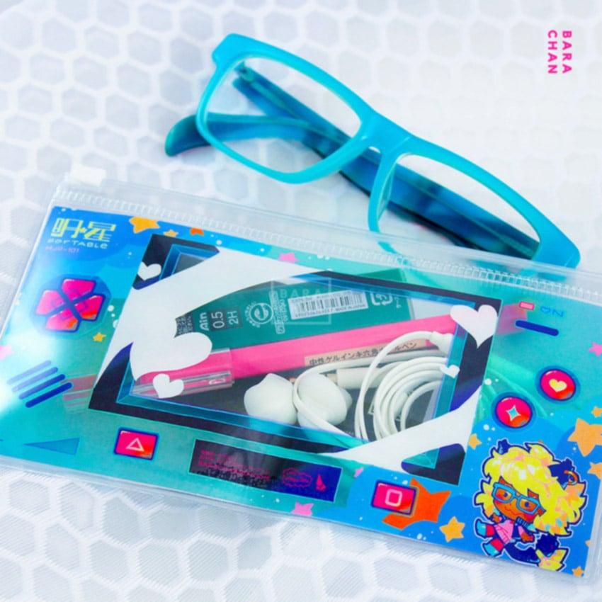 mjp-101 clear pouch by Rose Besch
