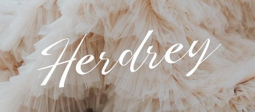 Herdrey Best Cursive Signature Font
