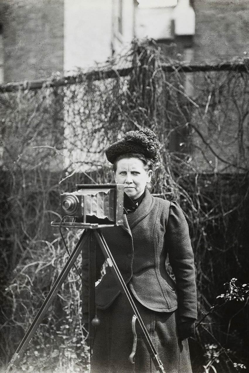 Christina Broom (self-portrait), Scottish photographer credited as the UK's first female press photographer - public domain