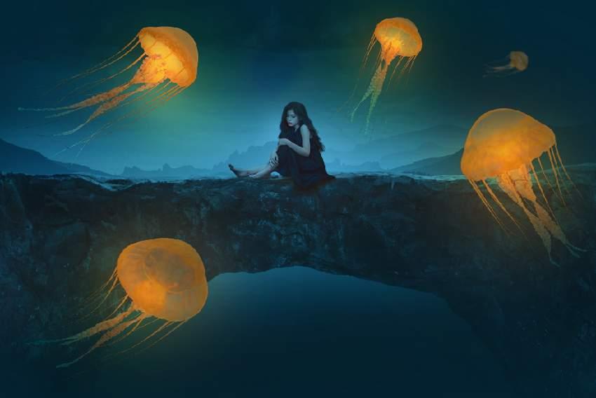 jellyfish glow 1