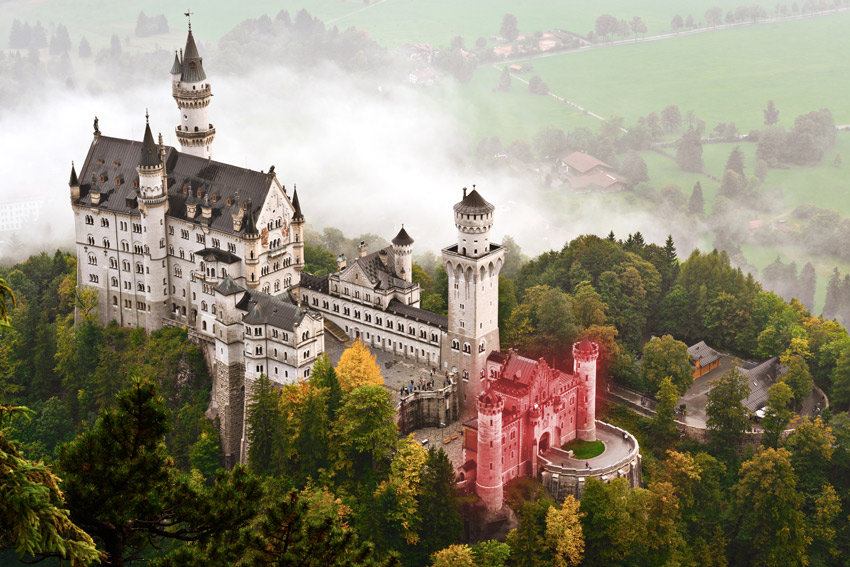 neuschwanstein castle gatehouse