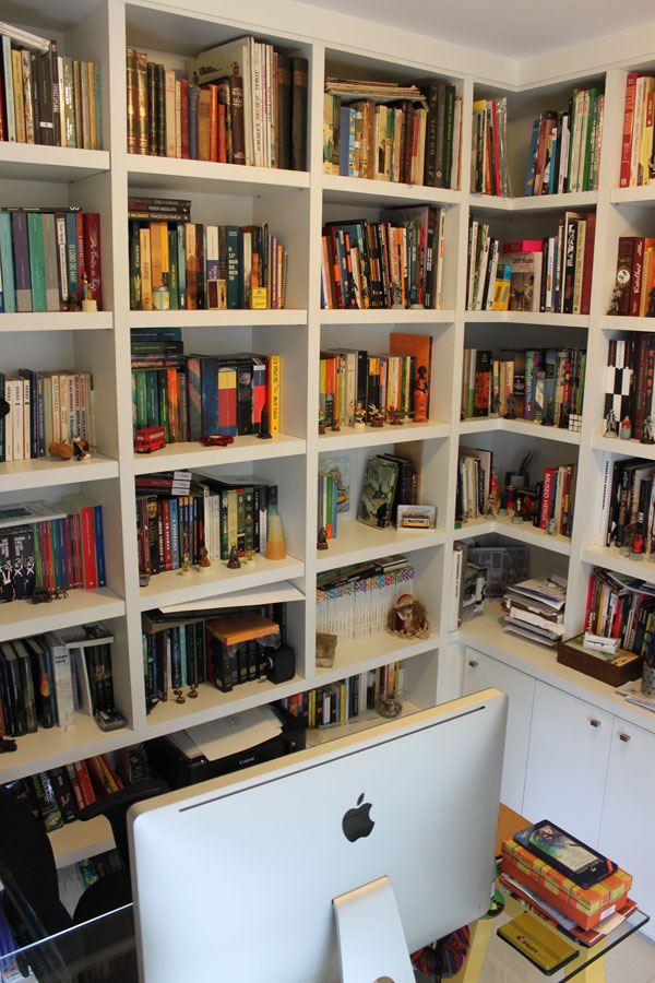 Rossettis bookshelves filled with inspiration