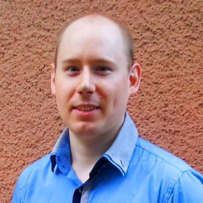 Adam igkep 2012 szept 400