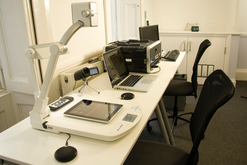 A traditional usability testing lab