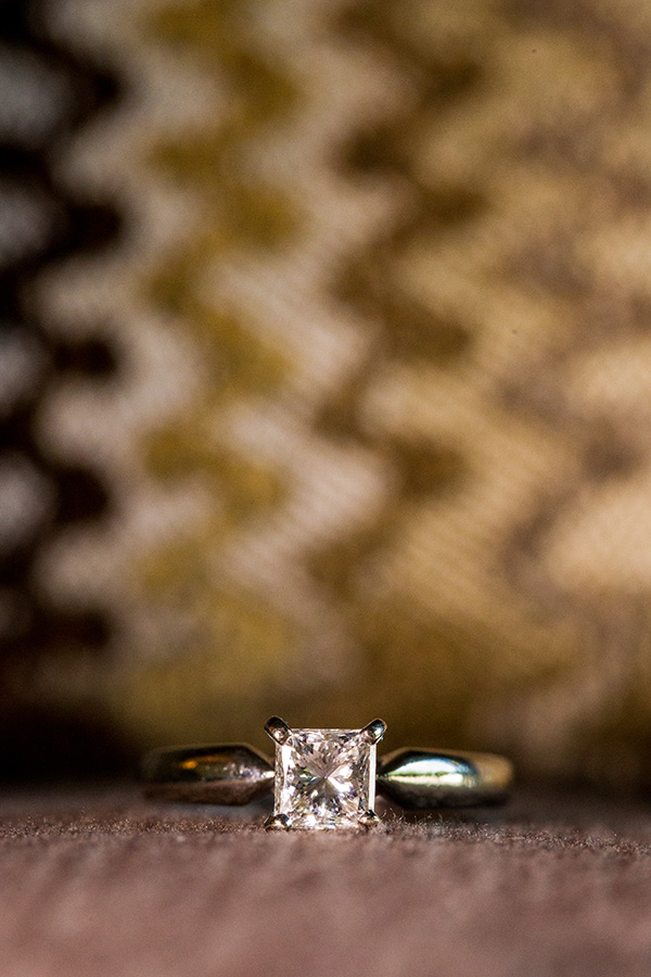 Macro photo of an engagement ring Photo - Daniel Sone Photography