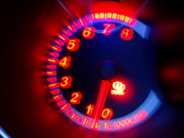 Image of RPM Gauge by Lee Cannon Flickr