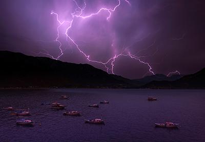 Lightning plxntmu