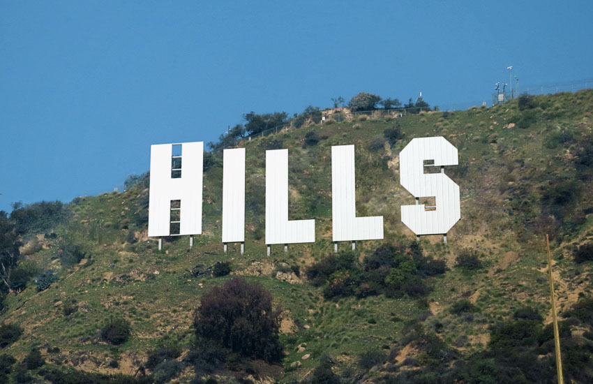 How to Create a Hollywood Sign Text Effect in Adobe Photoshop
