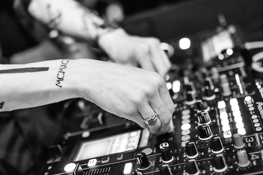 15 Best Royalty-Free House Music Packs of 2019