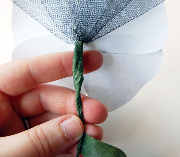 Secure tulle to stem