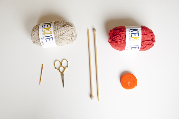 Knitting supplies for making simple mittens
