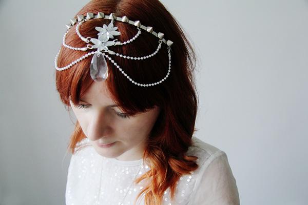Alternative wedding head dress