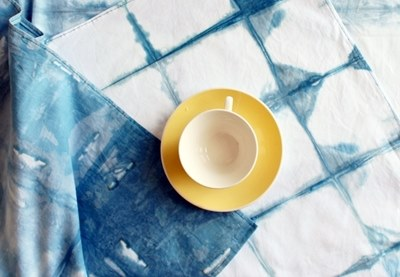 Indigo grid tablecloth preview