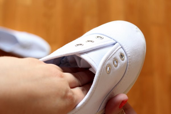 squeeze the fabric inside the shoe