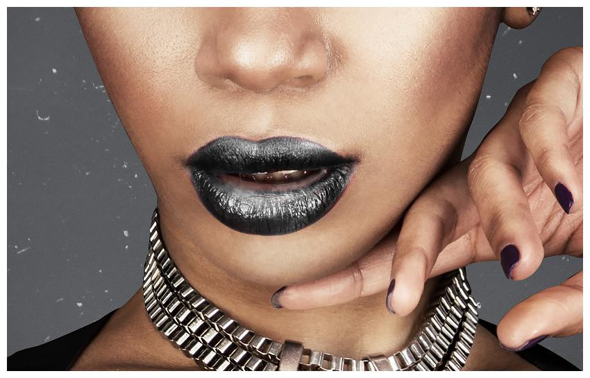 Blacken lips